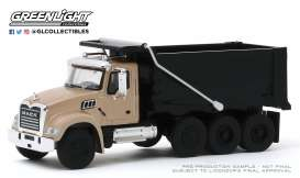 Mack  - Granite 2019 bronze/black - 1:64 - GreenLight - 45090C - gl45090C | The Diecast Company