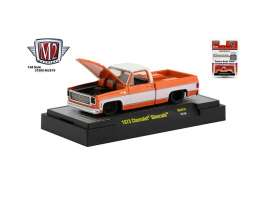 Chevrolet  - Silverado 1973 orange/white - 1:64 - M2 Machines - 31500MJS19 - M2-31500MJS19 | The Diecast Company