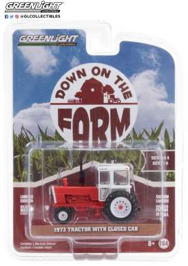 Tractor  - 1973 white/red - 1:64 - GreenLight - 48040A - gl48040A | The Diecast Company