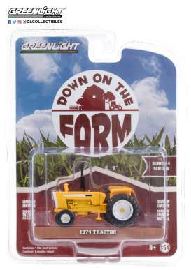 Tractor  - 1974 white/yellow - 1:64 - GreenLight - 48040B - gl48040B | The Diecast Company