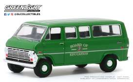Ford  - Club Wagon 1970  - 1:64 - GreenLight - 30170 - gl30170 | The Diecast Company