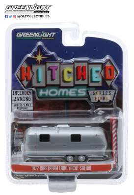Airstream  - 1972 silver/red/white - 1:64 - GreenLight - 34080D - gl34080D | The Diecast Company
