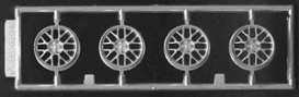 Rims & tires  - 1:24 - Fujimi - 193625 - fuji193625 | The Diecast Company