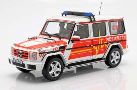 Mercedes Benz  - G-Classe red/white - 1:18 - iScale - 1180000043 - iscale1180043 | The Diecast Company