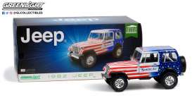 Jeep  - CJ-7 1982 white/red/blue - 1:18 - GreenLight - 19090 - gl19090 | The Diecast Company