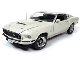 Ford  - Mustang 1970 white - 1:18 - Auto World - AMM1196 - AMM1196 | The Diecast Company