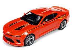 Chevrolet  - Camaro 2016 orange - 1:18 - Auto World - 256 - AW256 | The Diecast Company