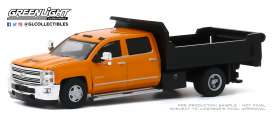 Chevrolet  - Silverado 2016 orange/black - 1:64 - GreenLight - 46040B - gl46040B | The Diecast Company