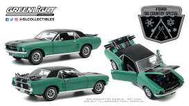 Ford  - Mustang 1967 green - 1:18 - GreenLight - 13575 - gl13575 | The Diecast Company