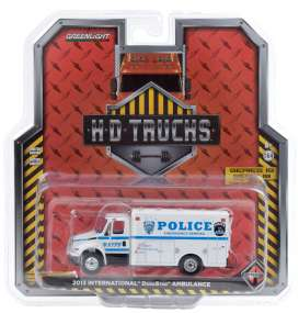 International  - Durastar 2013 white/blue - 1:64 - GreenLight - 33190B - gl33190B | The Diecast Company