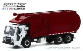 Mack  - LR Refuse Truck 2019 white/red - 1:64 - GreenLight - 45100C - gl45100C | The Diecast Company