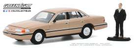 Ford  - Crown Victoria 1992 light brown - 1:64 - GreenLight - 97090E - gl97090E | The Diecast Company