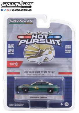 Dodge  - Charger 2018 green - 1:64 - GreenLight - 42930E - gl42930E | The Diecast Company