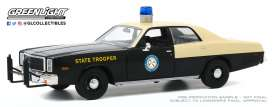 Plymouth  - Fury 1978 black/creme - 1:24 - GreenLight - 85512 - gl85512 | The Diecast Company