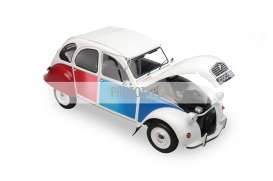 Citroen  - 1986 white/red/blue - 1:12 - OttOmobile Miniatures - ZMD1200103 - ottoZMD1200103 | The Diecast Company