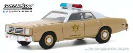 Dodge  - Coronet 1975 beige - 1:64 - GreenLight - 30188 - gl30188 | The Diecast Company