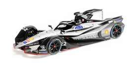 Nissan  - 2018 silver/black - 1:18 - Minichamps - 114180022 - mc114180022 | The Diecast Company