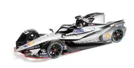 Nissan  - 2018 silver/black - 1:18 - Minichamps - 114180023 - mc114180023 | The Diecast Company