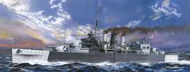 Boats  - British Heavy Cruiser Cornwall  - 1:700 - Aoshima - 05674 - abk05674 | The Diecast Company