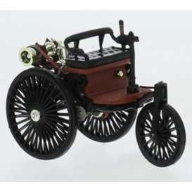 Mercedes Benz  - Patent 1886 black/red - 1:43 - IXO Models - CLC331 - ixCLC331 | The Diecast Company