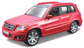 Mercedes Benz  - 2010 red - 1:32 - Bburago - 43016r - bura43016r | The Diecast Company