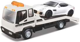 Jaguar  - white/black - 1:43 - Bburago - 31419 - bura31419 | The Diecast Company