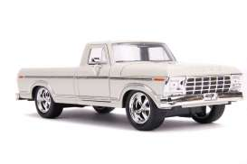 Ford  - F-100 1979 white - 1:24 - Jada Toys - 31589 - jada31589 | The Diecast Company