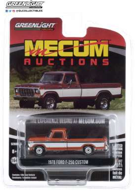 Ford  - F-250 1978 orange/white - 1:64 - GreenLight - 37210F - gl37210F | The Diecast Company