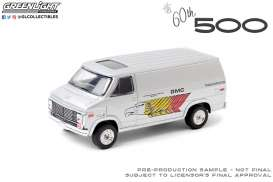 GMC  - Vandura 1976  - 1:64 - GreenLight - 30198 - gl30198 | The Diecast Company