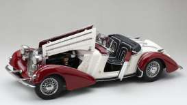 Horch  - 855 Roadster 1939 dark red/cream - 1:18 - SunStar - 2406 - sun2406 | The Diecast Company