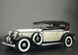 Ford Lincoln - Lincoln KB top-up 1934 black/white - 1:18 - SunStar - 6163 - sun6163 | The Diecast Company