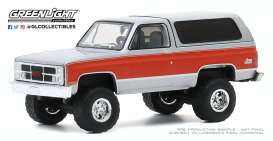 GMC  - Jimmy 1984 grey/red - 1:64 - GreenLight - 35170D - gl35170D | The Diecast Company