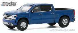 Chevrolet  - Silverado 1992 blue metallic - 1:64 - GreenLight - 35170F - gl35170F | The Diecast Company