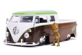 Volkswagen  - Bus Pick-up *Groot* 1963 brown/white/green  - 1:24 - Jada Toys - 31202 - jada31202 | The Diecast Company