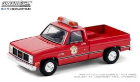 GMC  - High Sierra 1987 red - 1:64 - GreenLight - 30213 - gl30213 | The Diecast Company