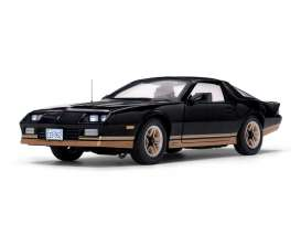 Chevrolet  - Camaro Z28 1985 black - 1:18 - SunStar - 1952 - sun1952 | The Diecast Company