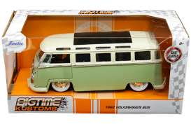 Volkswagen  - bus T1 1962 green/white - 1:24 - Jada Toys - 99064 - jada99064 | The Diecast Company