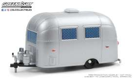 Airstream  - silver - 1:24 - GreenLight - 18460A - gl18460A | The Diecast Company