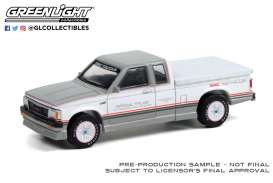 GMC  - S-15 1984  - 1:64 - GreenLight - 30230 - gl30230 | The Diecast Company