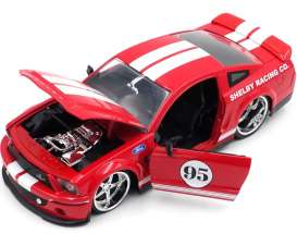 Ford  - Mustang Shelby GT500 KR  2008 red/white - 1:24 - Jada Toys - 31867 - jada31867 | The Diecast Company