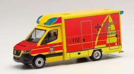 Mercedes Benz  - Sprinter yellow/red - 1:87 - Herpa - H095440 - herpa095440 | The Diecast Company
