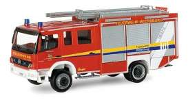 Mercedes Benz  - Atego red - 1:87 - Herpa - H095365 - herpa095365 | The Diecast Company