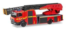 Mercedes Benz  - Atego red - 1:87 - Herpa - H095372 - herpa095372 | The Diecast Company