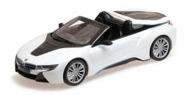 BMW  - i8 roadster 2017 white metallic - 1:87 - Minichamps - 870027032 - mc870027032 | The Diecast Company