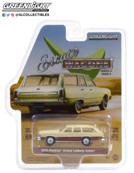 Pontiac  - Grand LeMans Safari 1976 cream/wood - 1:64 - GreenLight - 36010D - gl36010D | The Diecast Company