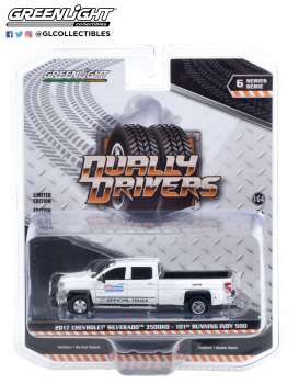 Chevrolet  - Silverado 2017  - 1:64 - GreenLight - 46060A - gl46060A | The Diecast Company