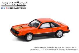 Ford  - Mustang 1979 orange/black - 1:64 - GreenLight - 13290C - gl13290C | The Diecast Company