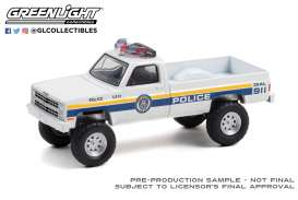Chevrolet  - M1008 1986 white/blue - 1:64 - GreenLight - 30241 - gl30241 | The Diecast Company