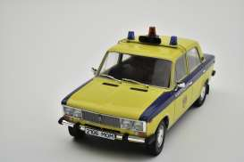 Lada  - 2106 1976 yellow/blue - 1:18 - Triple9 Collection - 1800246 - T9-1800246 | The Diecast Company