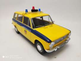 Lada  - 2102 1970 yellow/blue - 1:18 - Triple9 Collection - 1800233 - T9-1800233 | The Diecast Company